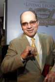 Johnny Bench with his Living Legend ring.